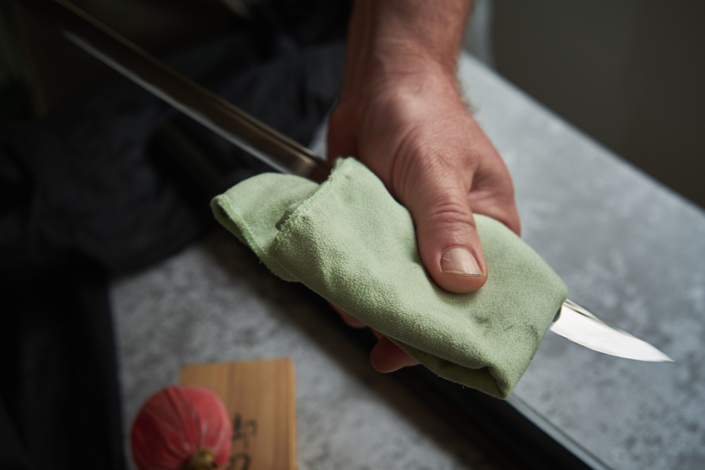 How to care and clean swords