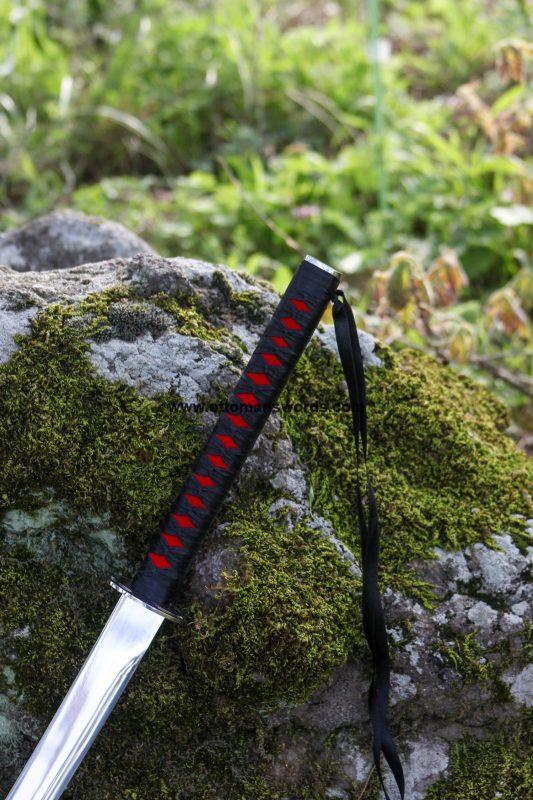 buy katana 533x800 - Black SamuraiJapanese Katana Sword