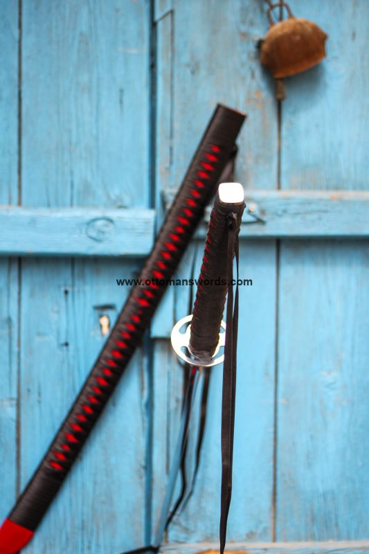 real katana sword 533x800 - Black SamuraiJapanese Katana Sword