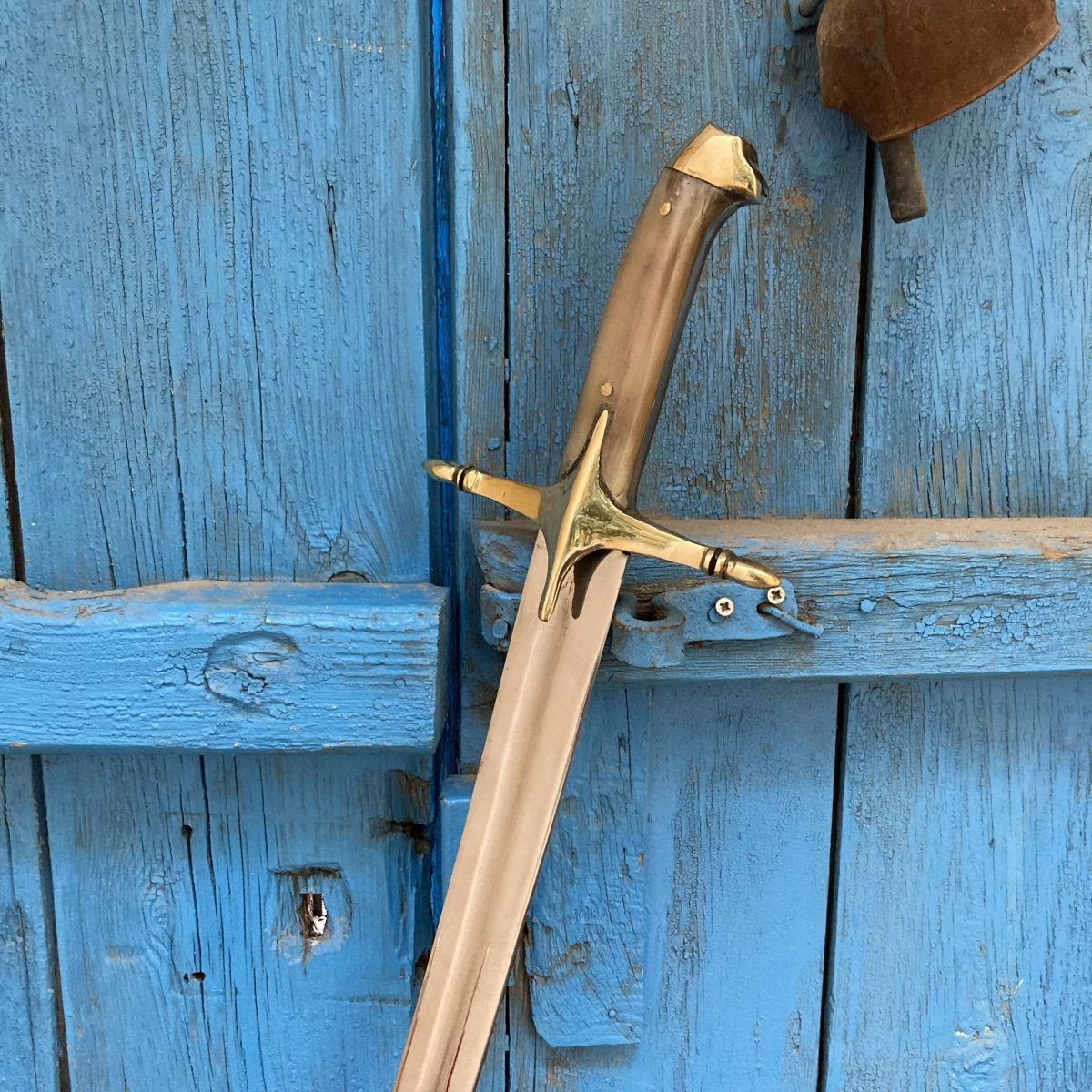 Buy 16 17. Century Ottoman Curved Fuller Horn Handle Sword 5 scaled 16-17. Century Ottoman Curved Fuller Horn Handle Sword
